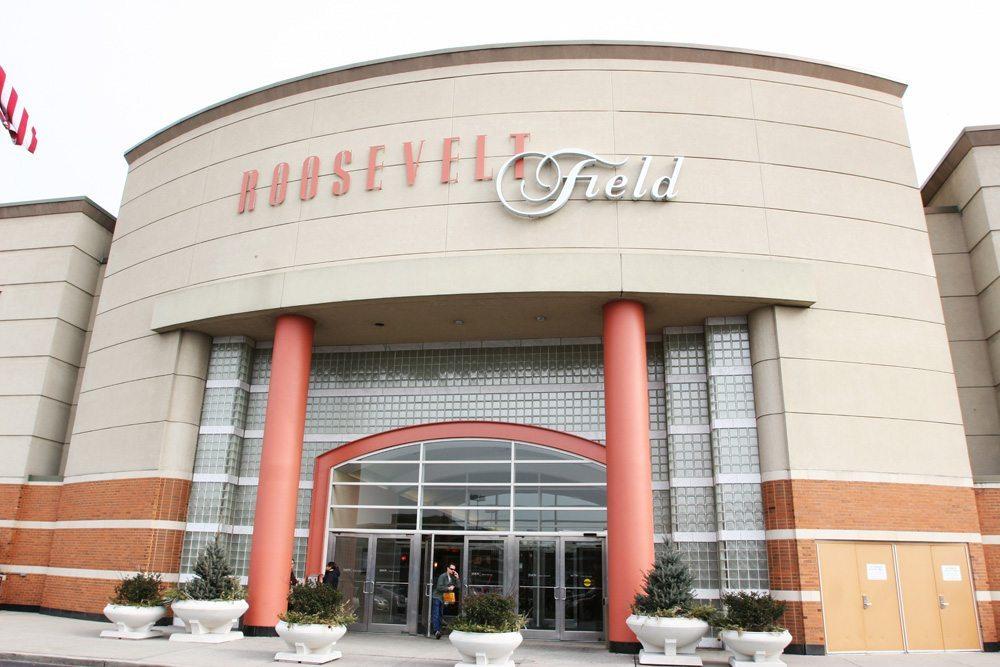 Shooting At Roosevelt Field Mall | Manhasset Press