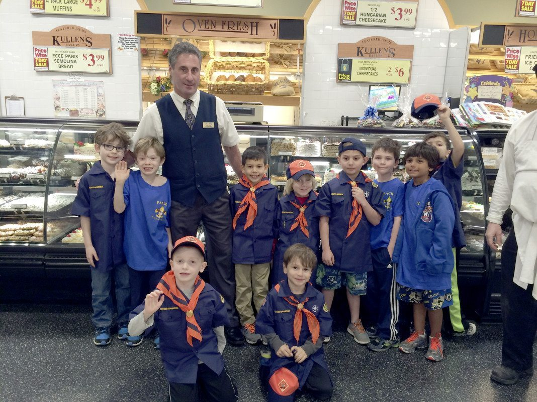Pack 3 Learns About Nutrition Manhasset Press